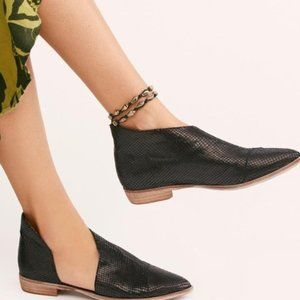 NEW! Free people textured royale flat sandal shoes